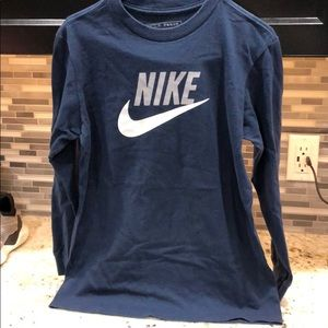 Boys Nike Long Sleeve Tshirt size YM (10-12)